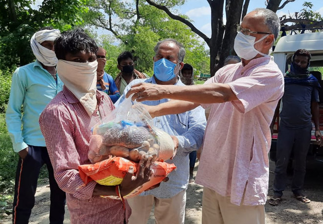 Dry ration kits for Migrants